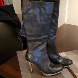 Charles David boots ht